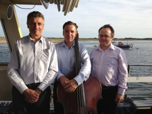 trio on pride of exmouth